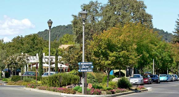 Downtown Yountville photo by Stan Shrebs
